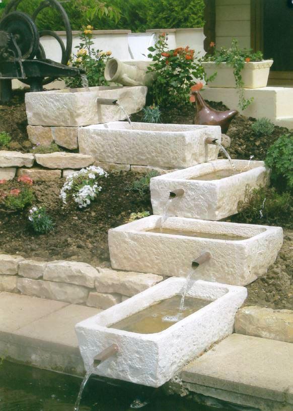 auge-pierre-reconstituee-bourgogne-cascade