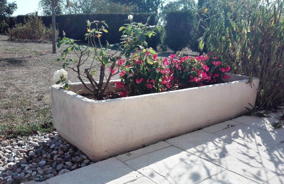bac-fleurs-pierre-jardiniere-rectangulaire-auge-12