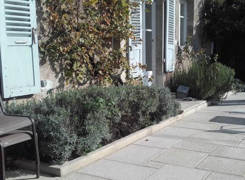 bordure-1m-chemin-allees-voirie-terrasse-pierre