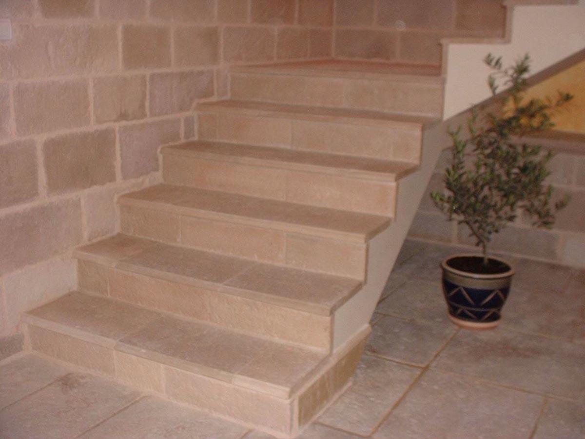 habillage-escalier-beton-marche-alentour-dalle-de-rive