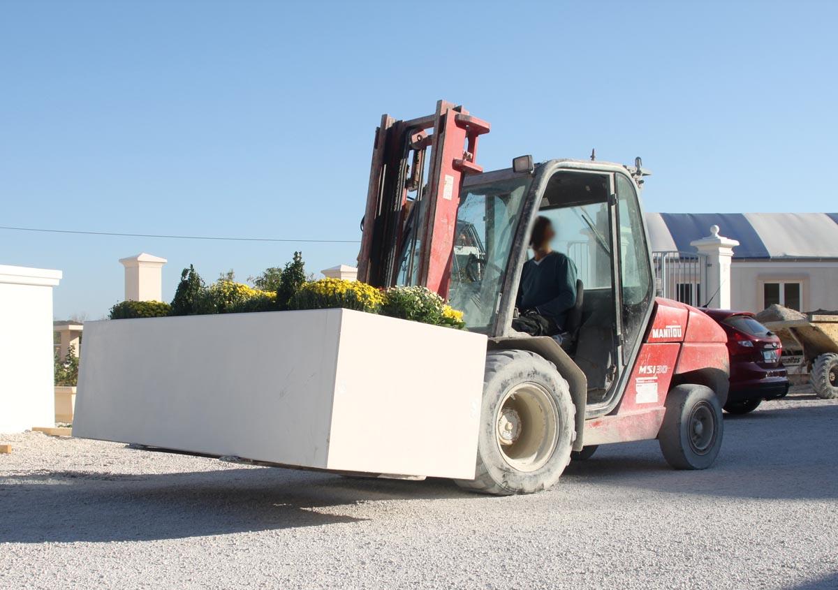 Jardini re b ton rectangulaire monobloc lisse mod le 1 - Jardiniere en ciment ...