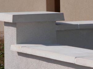 Couronnement plat pour pilier de 20, 30, 40, 50 cm (chapeau de pilier, chaperon), lisse, traditionnel, en pierre reconstituée ou béton décoratif.