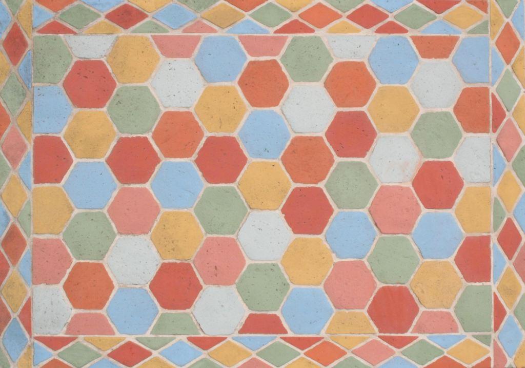 tomettes-hexagonales-multicouleur-pierre-reconstituee