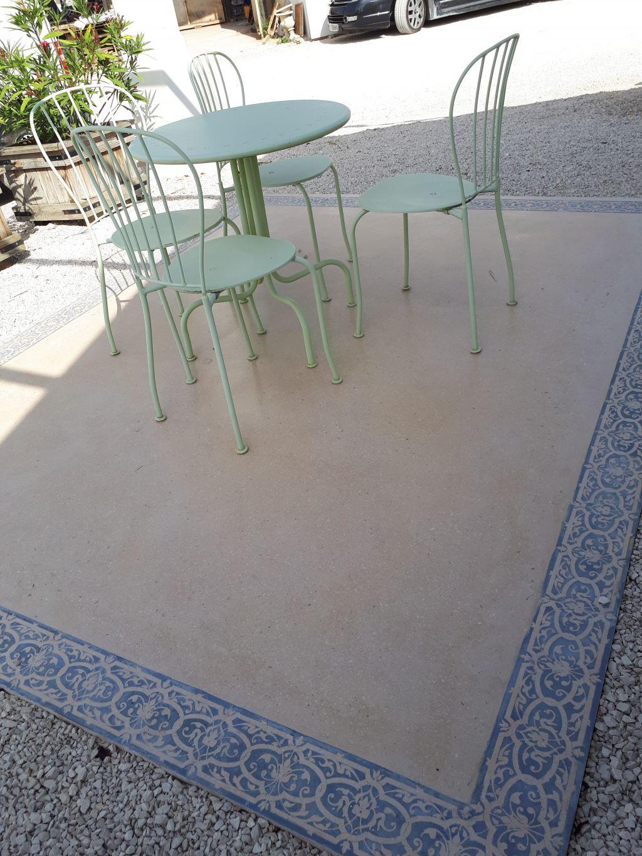 dalle-beton-cire-terrasse-exterieur-grand-dimension-dalle-geante-pose-sur-plots