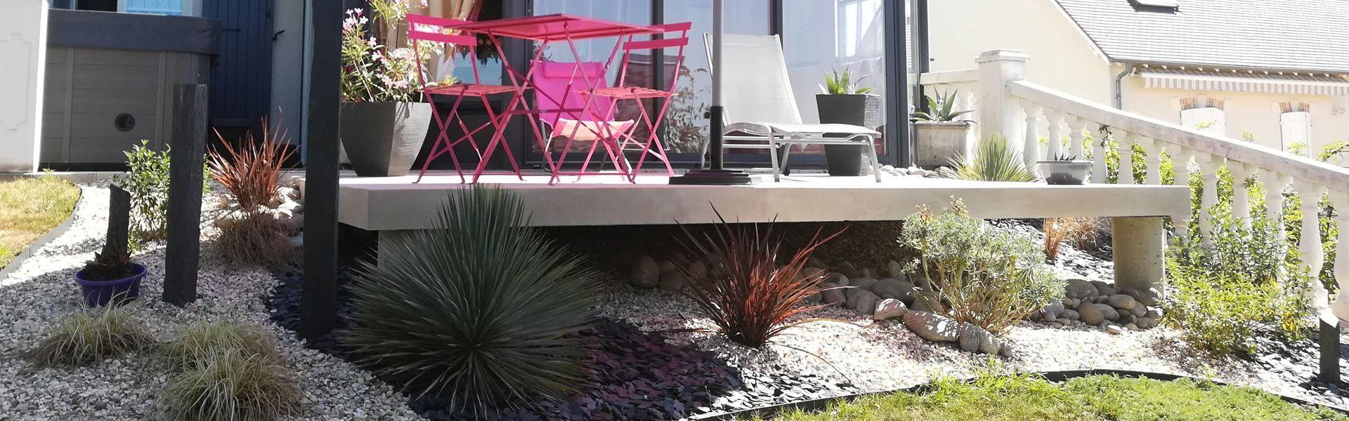Terrasse en une journée avec des grandes dalles en béton armé, pose facile et rapide.