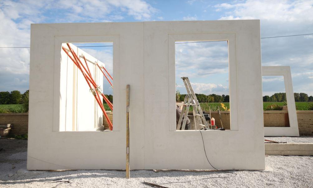 construction-maison-eco-panneaux-prefabriquée-en-béton-armé-décoratif