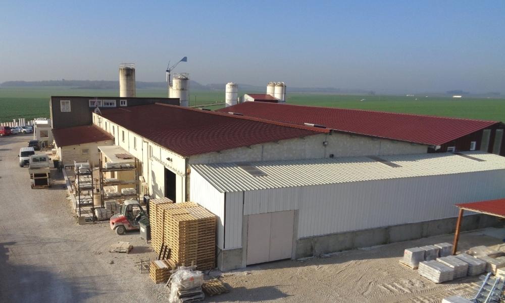 Fabricant-francais-pierre-reconstituee-beton-decoratif-Alentour-Lux-21120-Cote-D-Or-gerant-Serge-Wrobleski