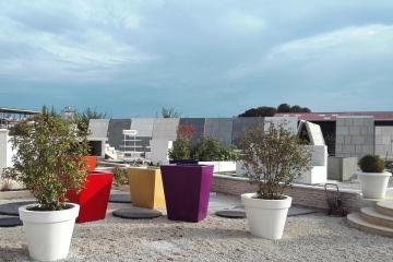 pot-beton-xxl-mobilier-urbain-aménagement-espaces-verts